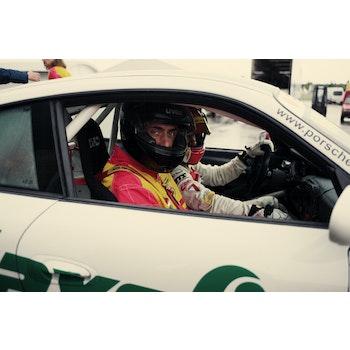 """Erlebnisgutschein """"PORSCHE Renntaxi im 911 GT3"""" (2 von 2)"""